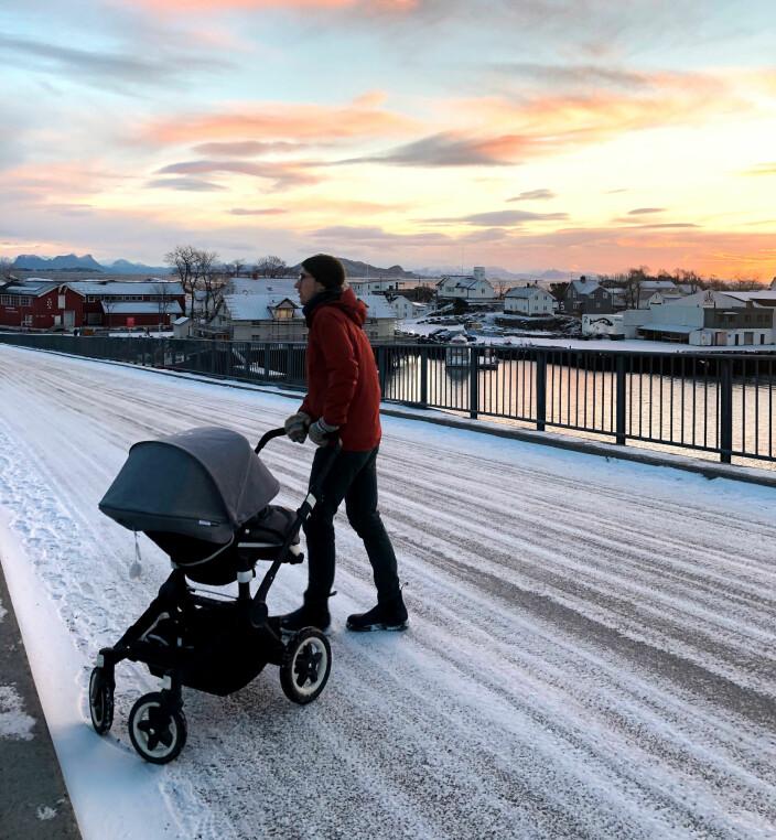 En av mange trilleturer til Svinøya i Svolvær på den lange juleferien våres i 2020/21. Dette var i januar, rundt da sola kom tilbake igjen.