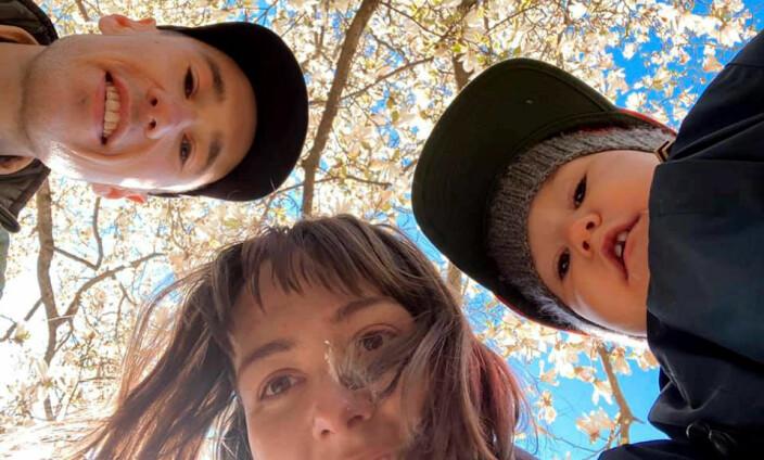 Familien: Kristian, Evelyn og Elio.