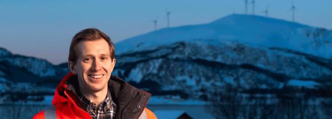 Lars kom rett fra skolebenken til traineejobb i Sortland Entreprenør. Fire måneder senere ledet han sitt første prosjekt alene