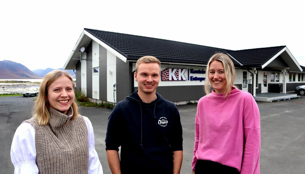 Noen av vår nye ansatte i administrasjonen: Prosjektleder Sofie Norheim, prosjektleder Martin C. Dahl og administrasjonsmedarbeider Tonje Rønning Hansen